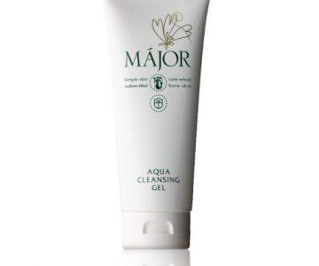 美容液並みの保湿成分をたっぷり含み、洗顔後はしっとりモチモチ。